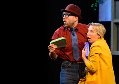 Les-Affreux-spectacle-4-Mains-theatre-07